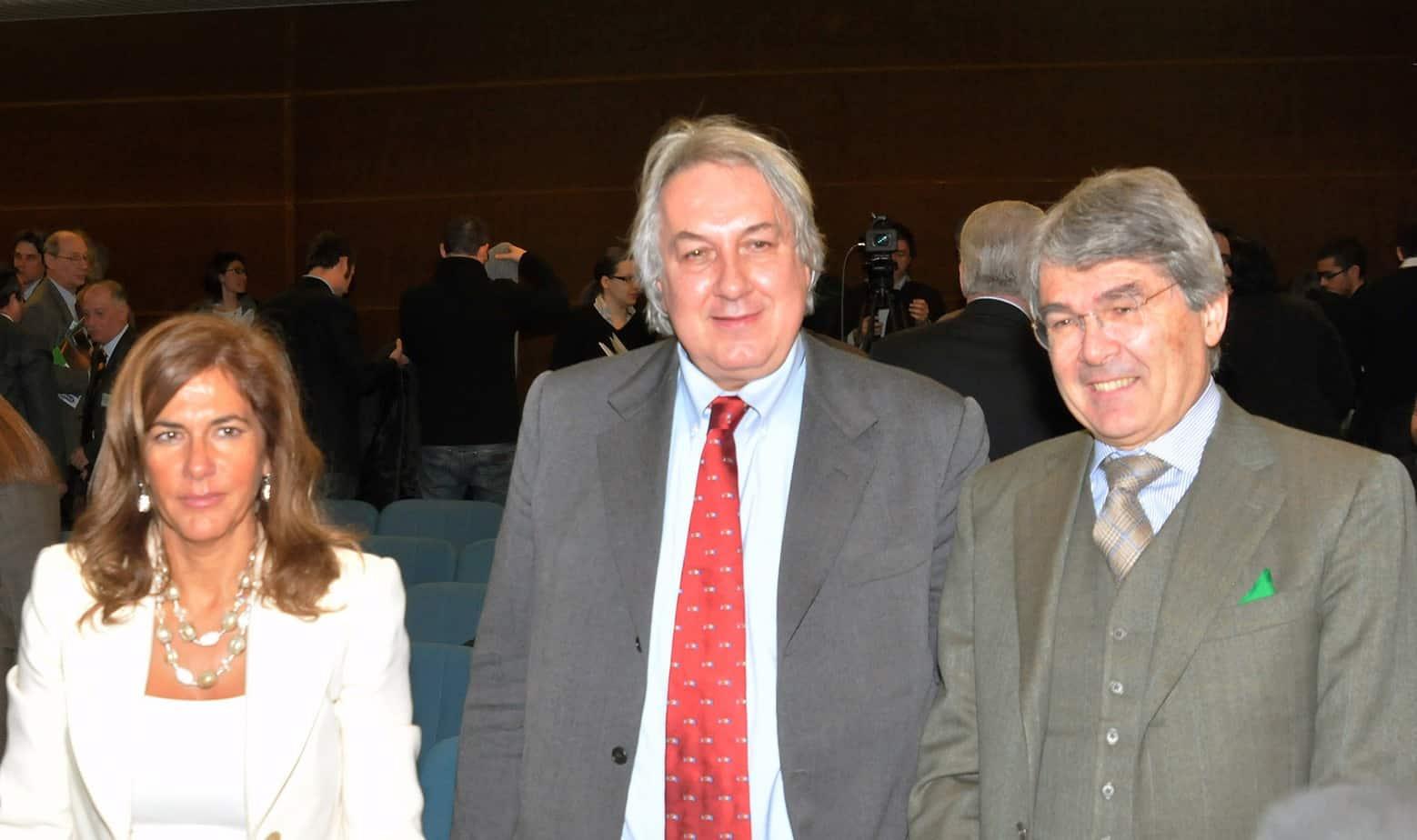 In basso da sinistra: Emma Marcegaglia, Alberto Meomartini e Roberto Castelli