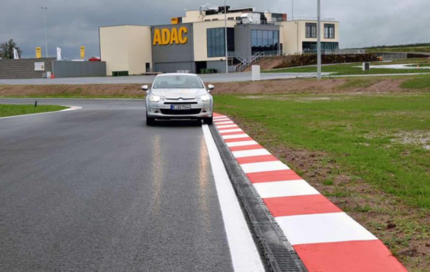 La nuova pista per il Centro di guida sicura a Schlüsselfeld (Germania)