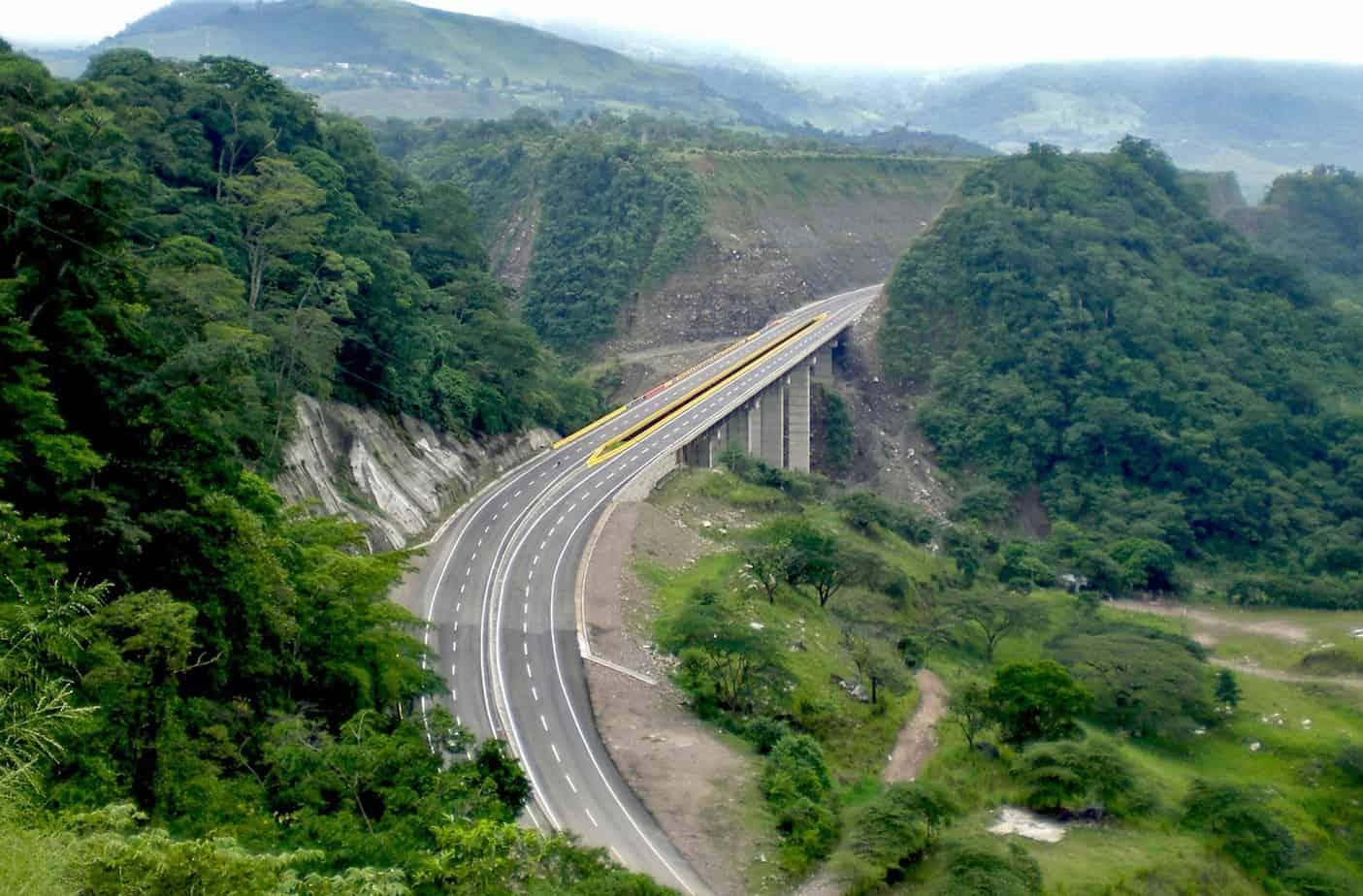 Il viadotto della San Juana lungo la Panamericana
