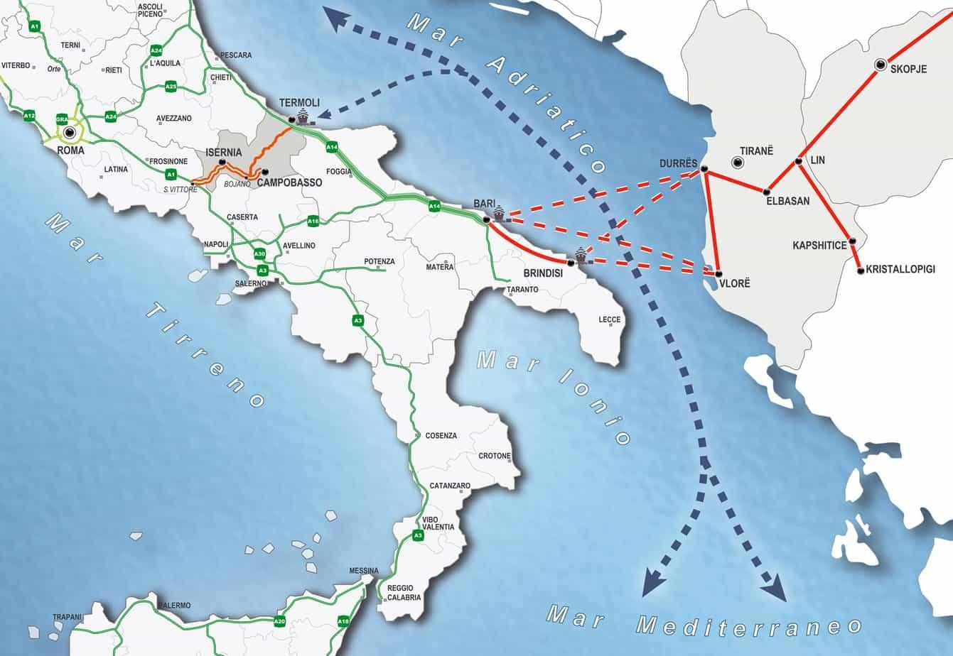 """L'interconnessione attraverso il Corridoio Adriatico, il Corridoio Plurimodale Paneuropeo VIII e l'Autostrada del Mare """"Europa del Sud Est"""""""