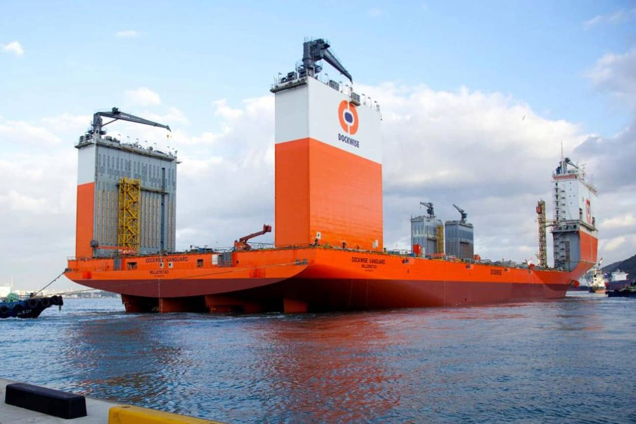 L'olandese Dockwise Vanguard è la nave semisommergibile più grande al mondo