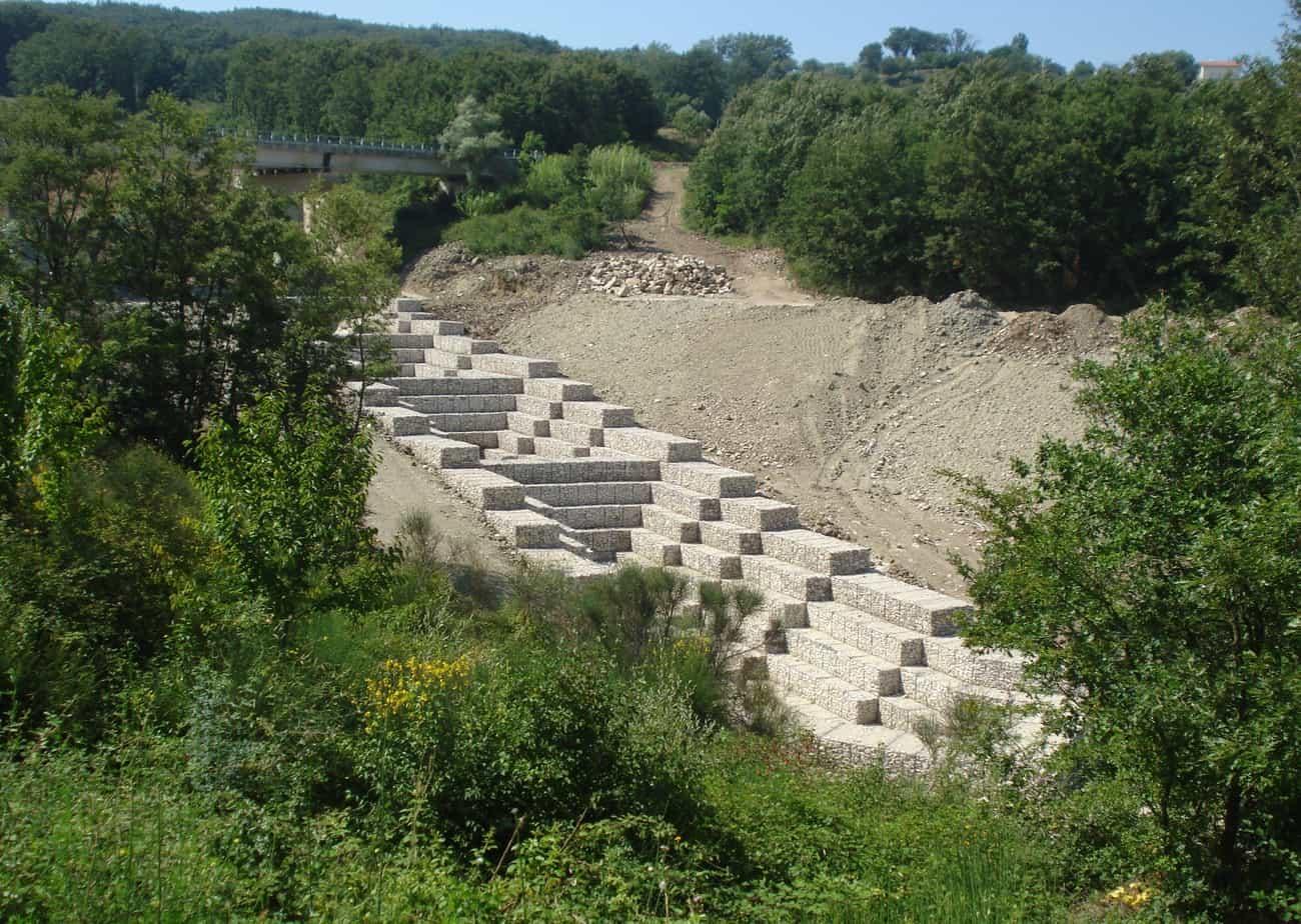 Le opere di sistemazione idraulica in Gabbioni (Diga di Campolattaro - BN)
