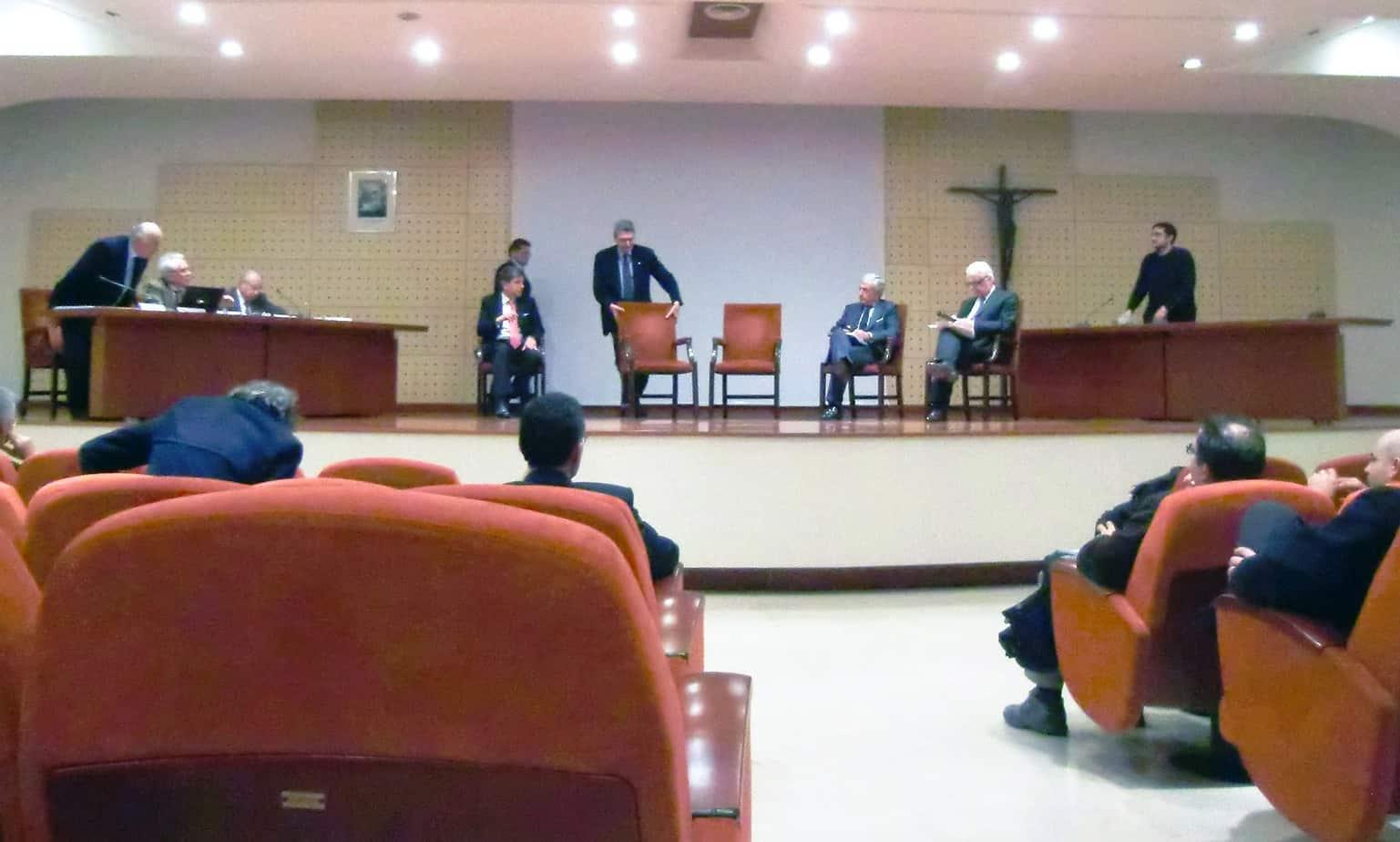 Un momento del dibattito conclusivo, moderato dall'Ing. Pellegatta (CNI)