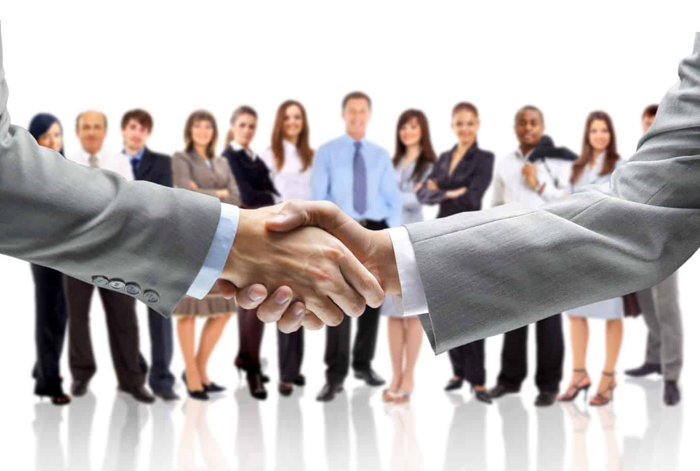 Le StP assumeranno la forma di una Società con le relative procedure: redazione di uno Statuto, iscrizione nel Registro delle Imprese in un'apposita sezione speciale