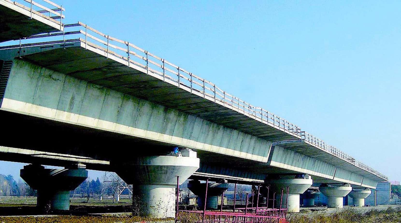 Un viadotto della Bre.Be.Mi in fase di completamento