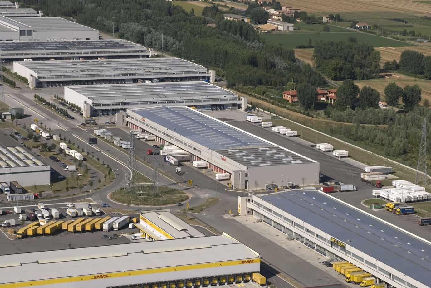 Una vista dell'area dell'interporto bolognese dedicata alle Aziende di autotrasporto e agli operatori logistici