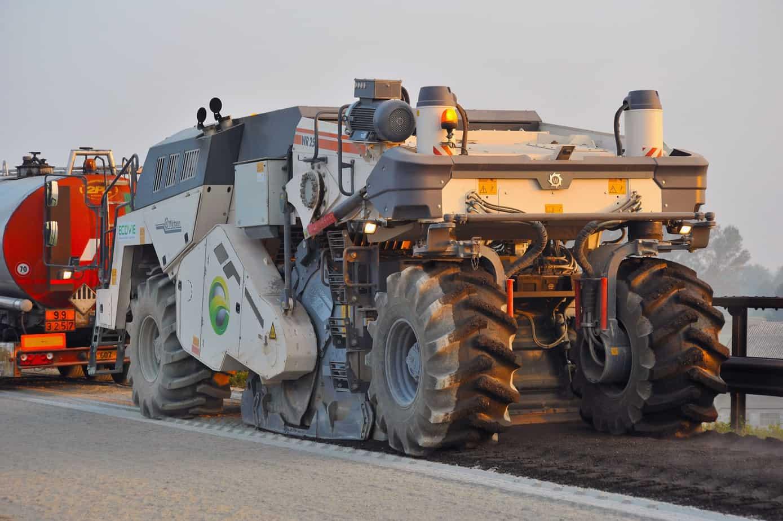 La prima WR 250 è stata testata dall'Impresa Ecovie di Padova che, nel mese di Settembre e Ottobre, l'ha utilizzata in una serie di applicazioni