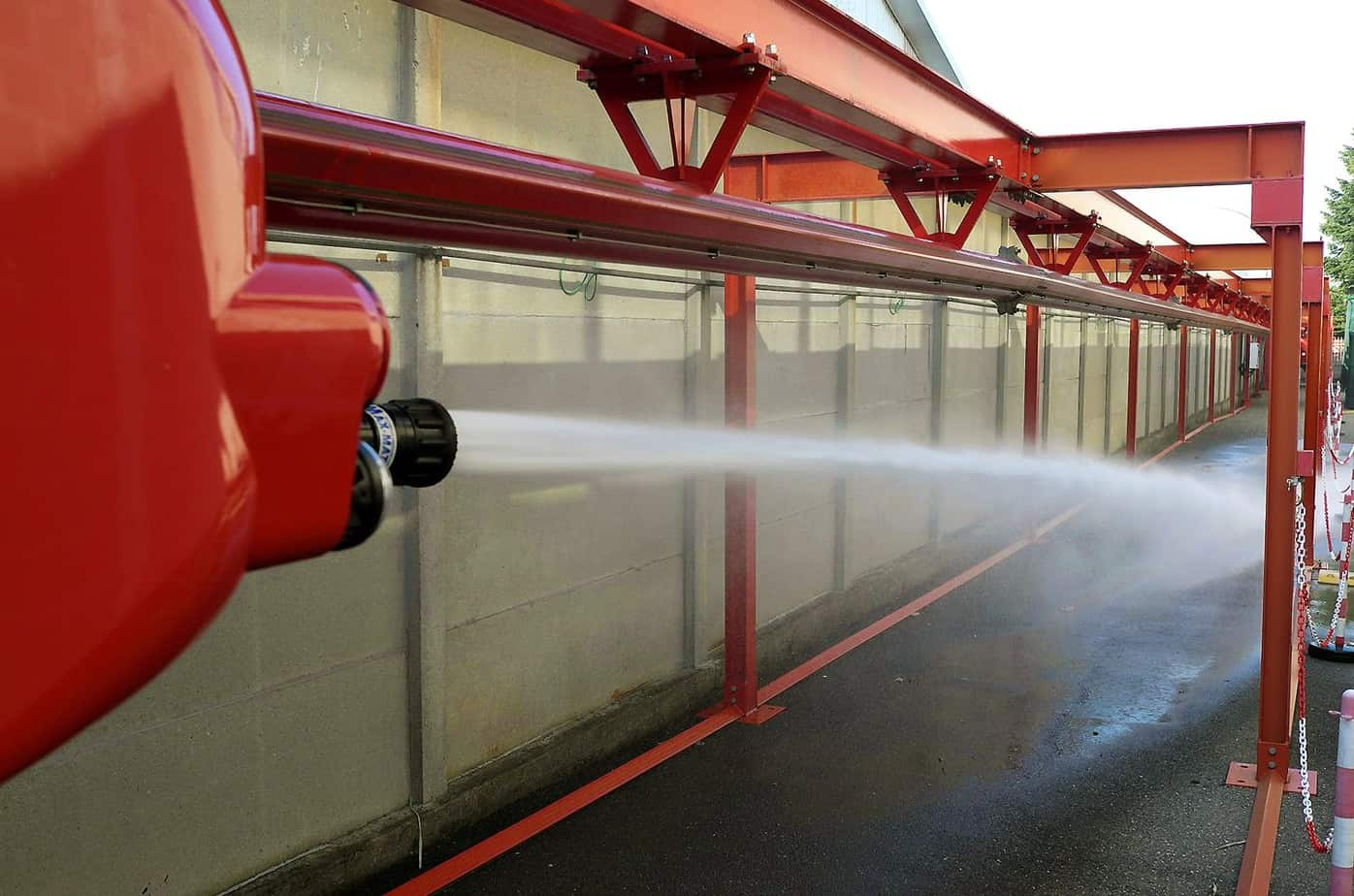 La potenza di spegnimento del getto idroschiuma