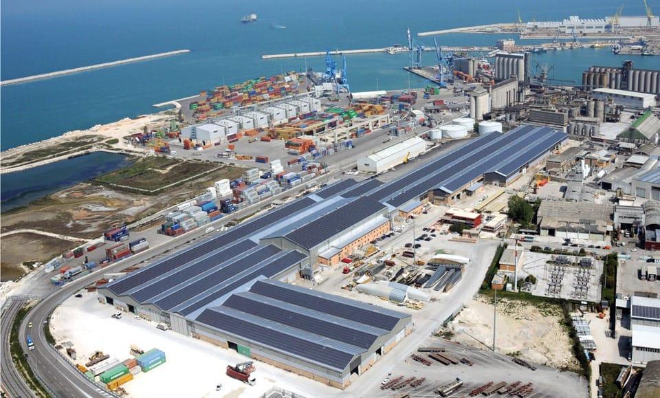 Ancona: al porto serve un raccordo