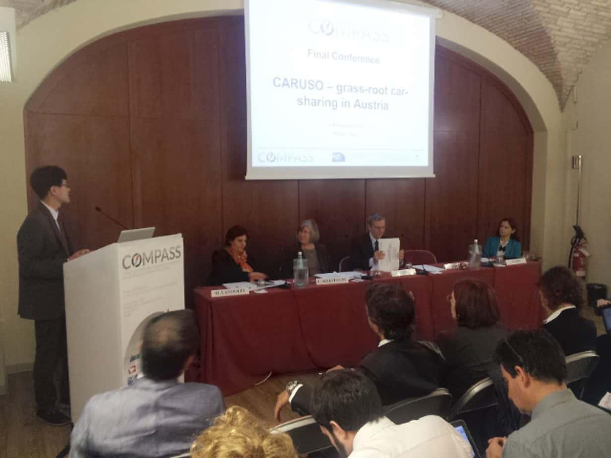 Il tavolo dei Relatori: da sinistra, Takeru Shibayama (Vienna University of Technology), Olga Landolfi (Segretario Generale di TTS Italia), Christiane Bielefeldt (Coordinatrice del progetto COMPASS), Riccardo Enei (ISIS) e Monika Bak (University of Gdansk)