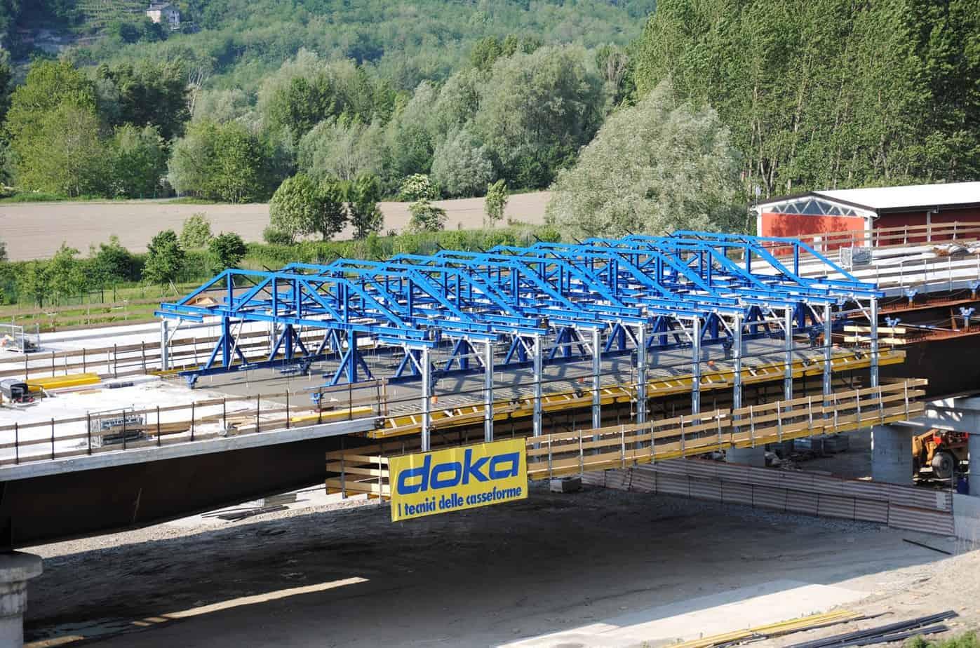Il cassero mobile utilizzato per la realizzazione dei viadotti
