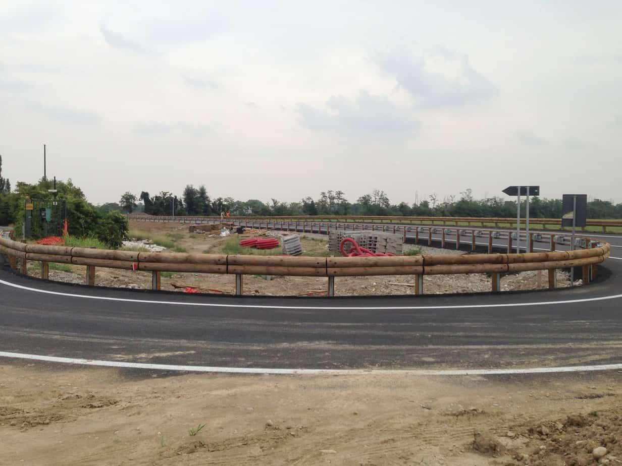 Una curva convessa realizzata con barriera H2 standard