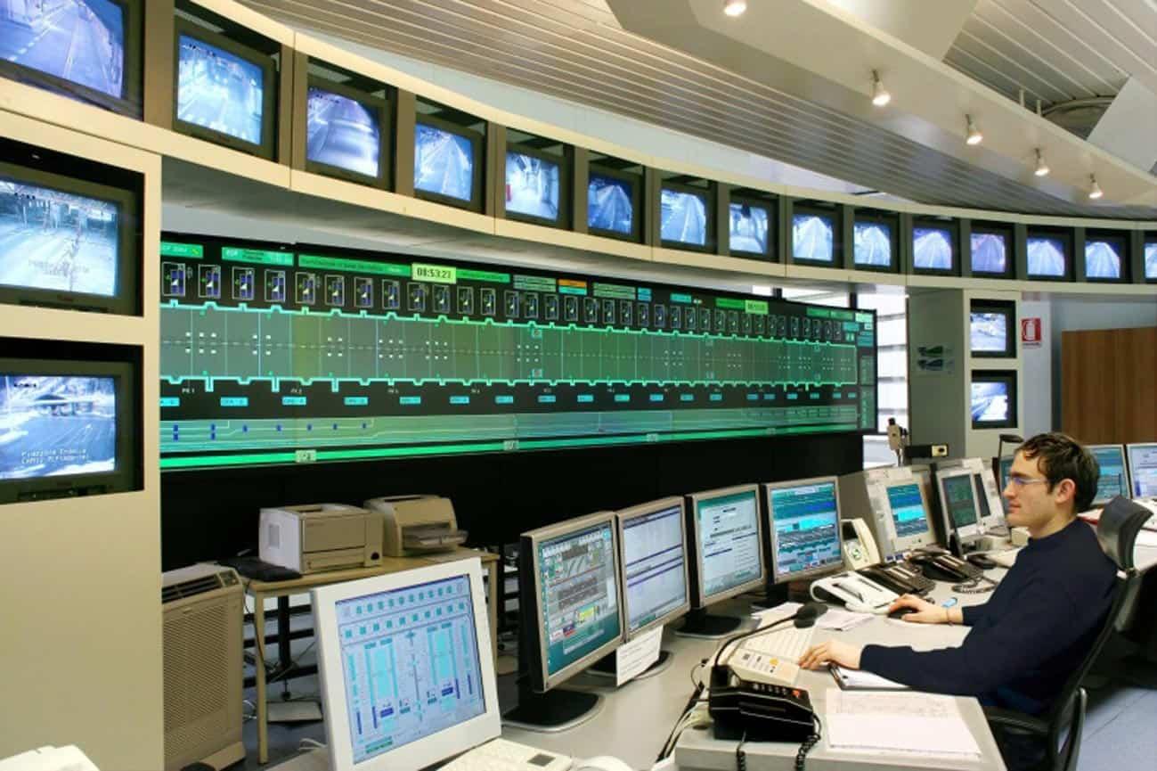 Una moderna sala di controllo