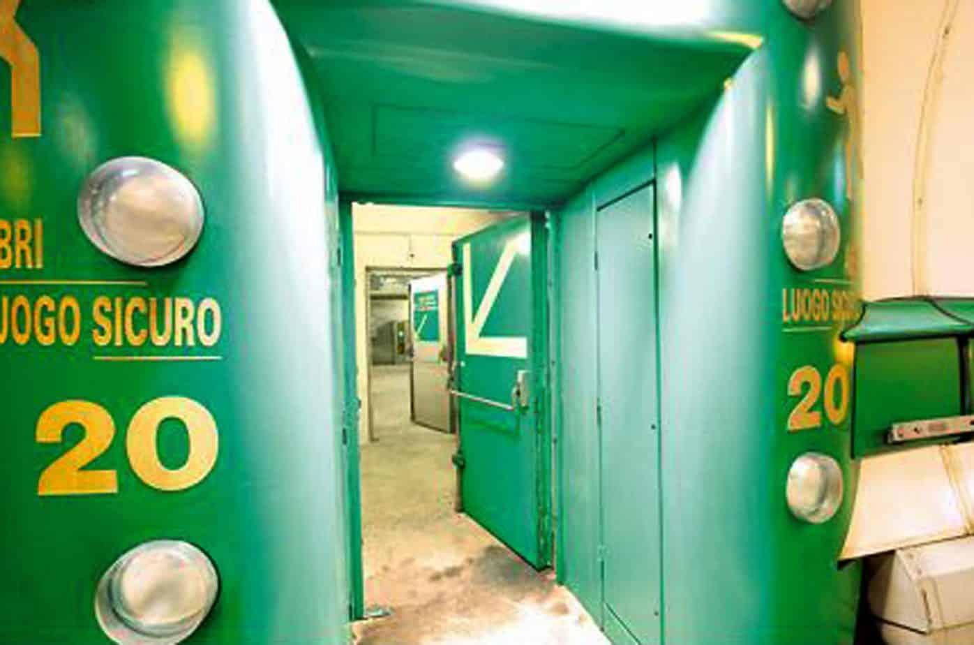 Particolari delle porte di ingresso dei luoghi sicuri