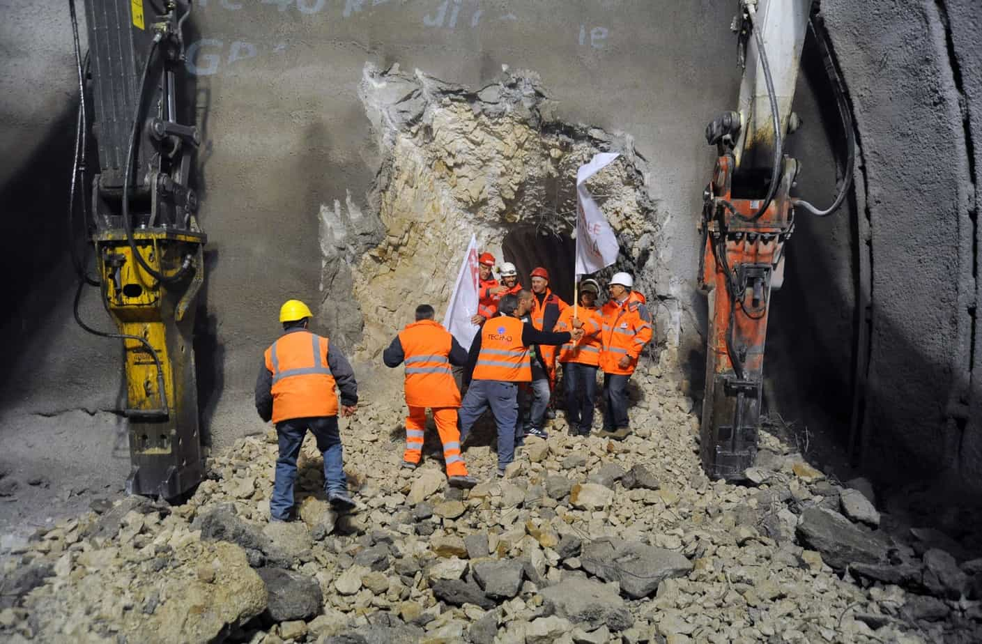 L'abbattimento del diaframma della galleria Pale (frazione di Foligno) che, il 4 Dicembre 2013, portò alla conclusione dello scavo di tutte le gallerie
