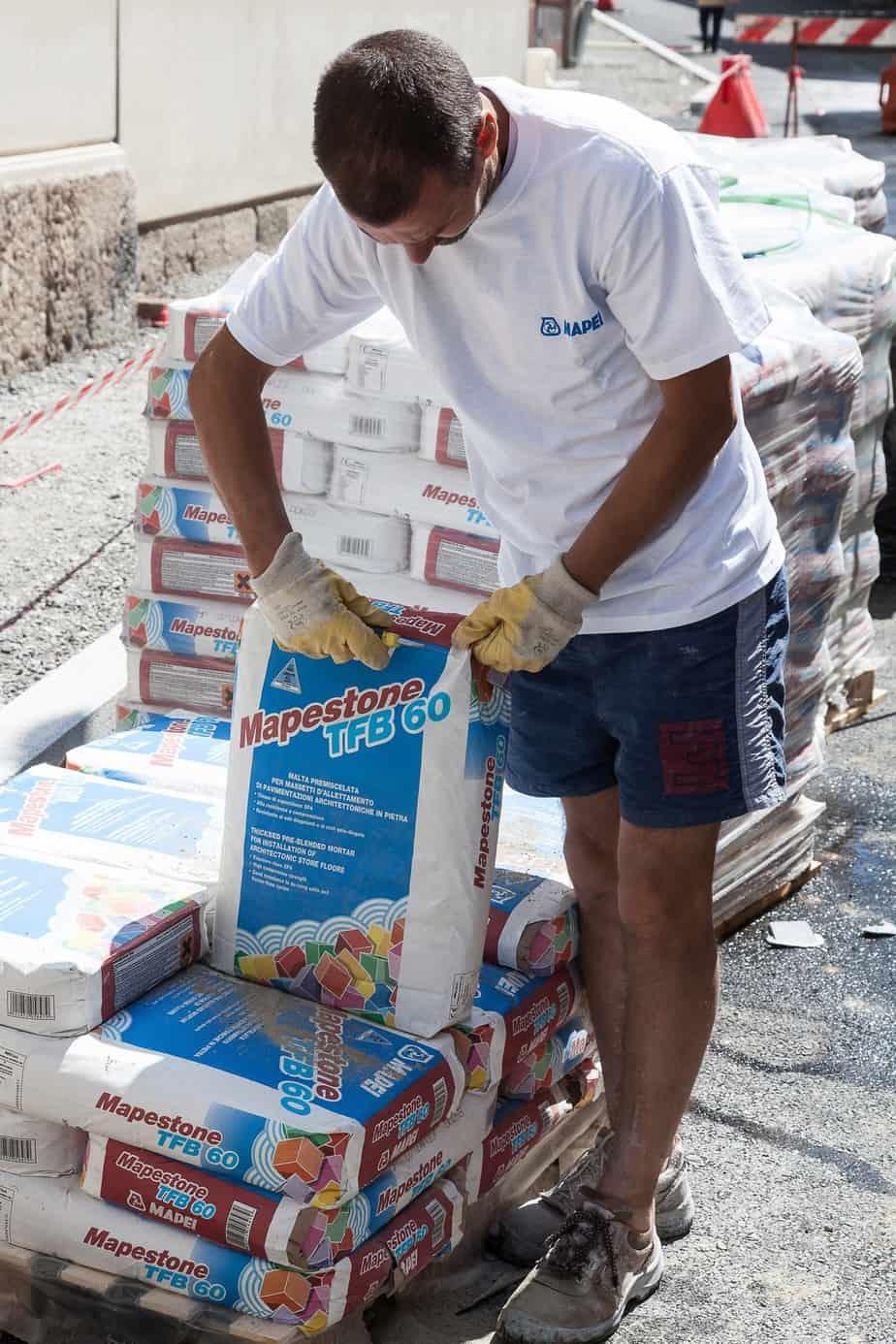 I sacchi di Mapestone TFB 60 in lavorazione sul cantiere