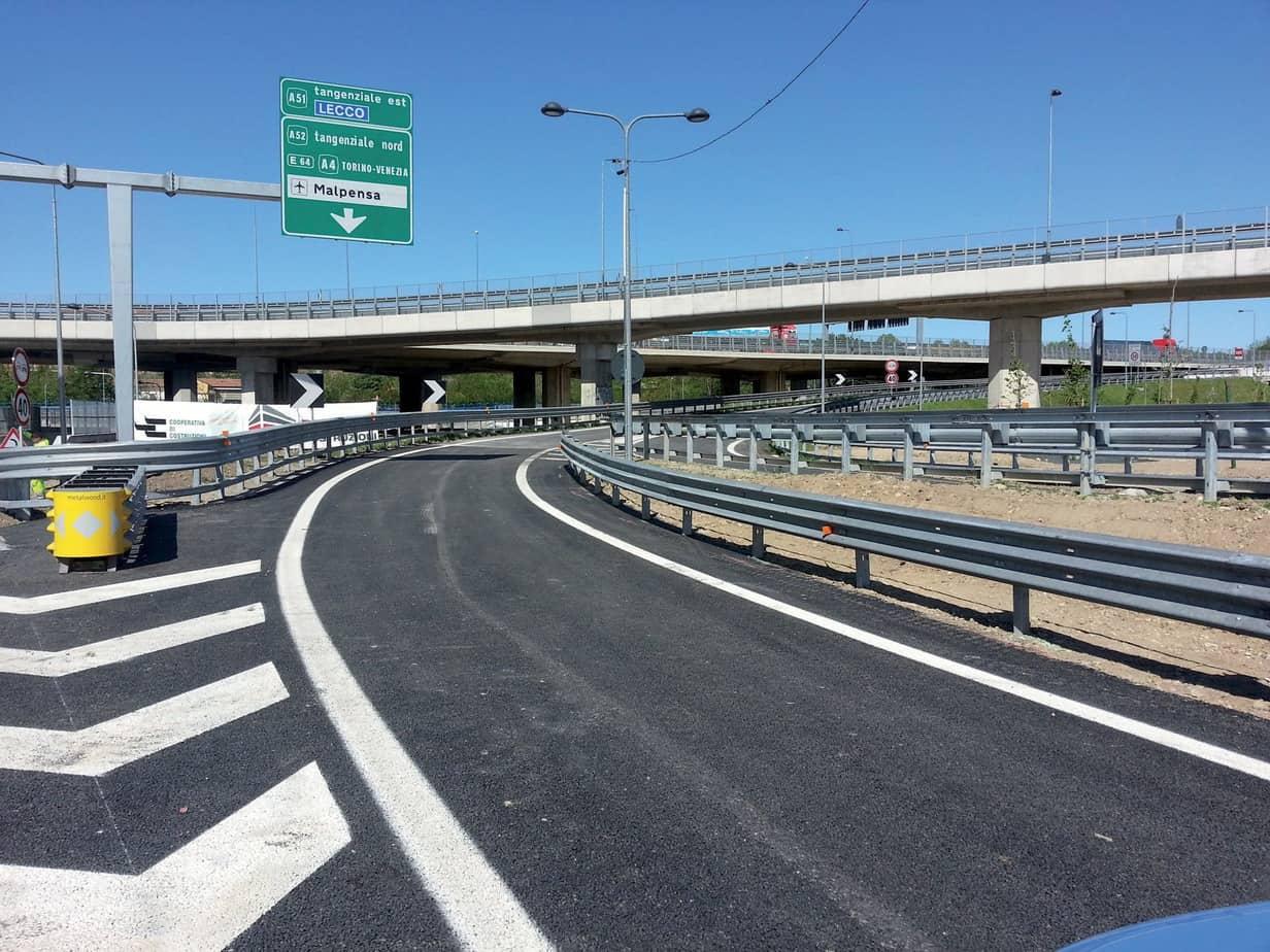 Una veduta del nuovo svincolo di Lambrate sulla Tangenziale Est di Milano il giorno dell'inaugurazione