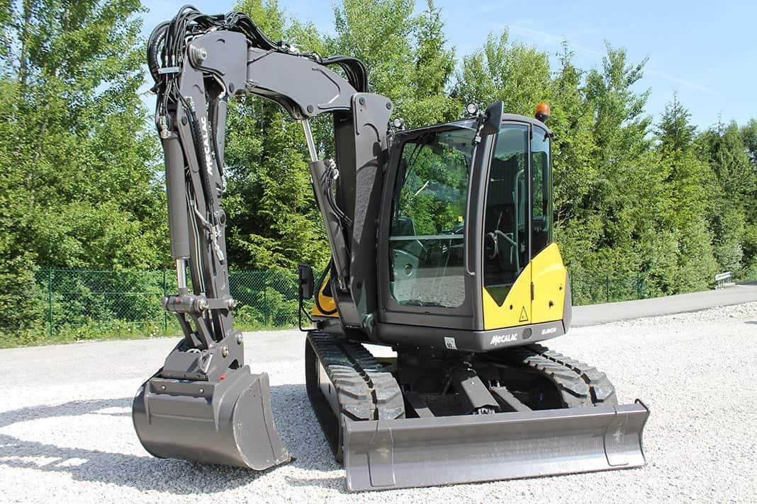 Il braccio della Serie MCR garantisce posizioni di lavoro variabili sempre favorevoli e un uso come escavatore che non trova riscontri in altre macchine presenti sul mercato