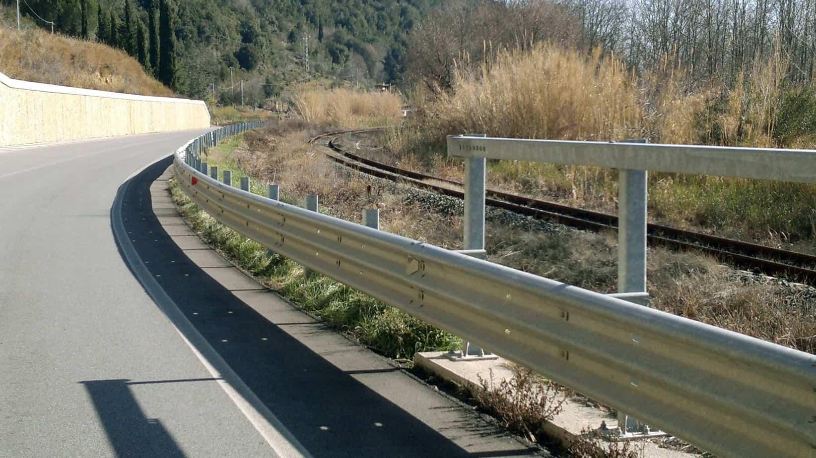 La Provincia di Pisa ha maturato l'esigenza di sviluppare una procedura che consenta di individuare le priorità di allocazione delle risorse disponibili per la gestione e l'installazione delle barriere di ritenuta