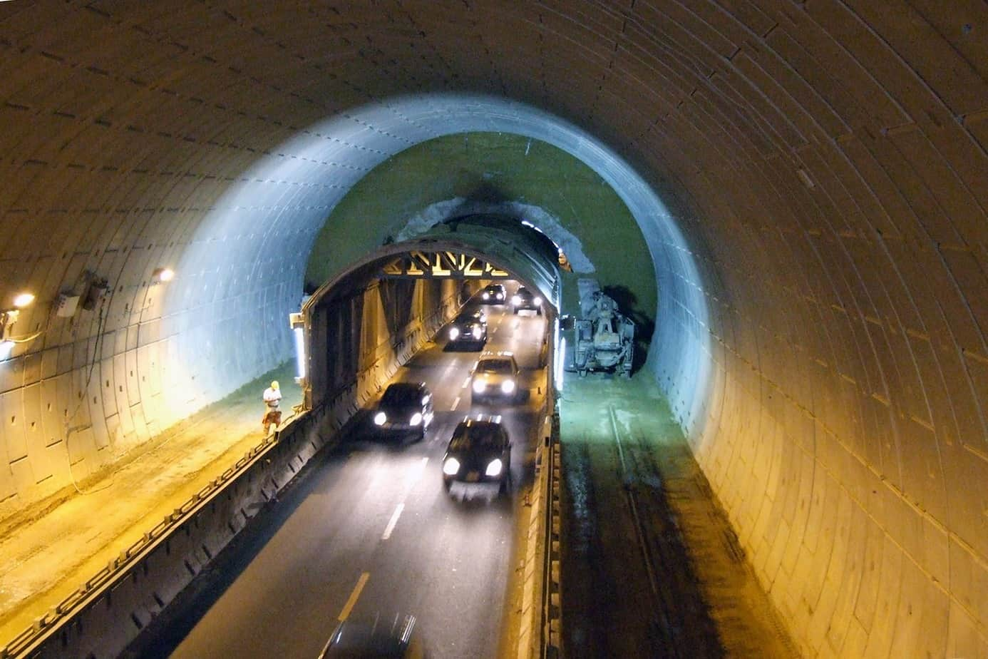 Un esempio di scavo di gallerie in presenza di traffico