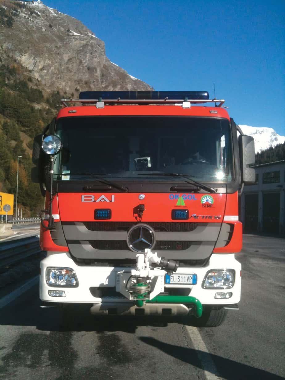 Un mezzo Mercedes-Benz Actros VSAC 6000S