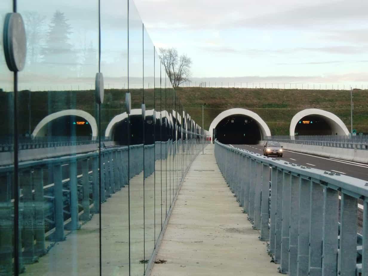 I portali occidentali della galleria Gorla, la più lunga della tratta A, dal viadotto Olona