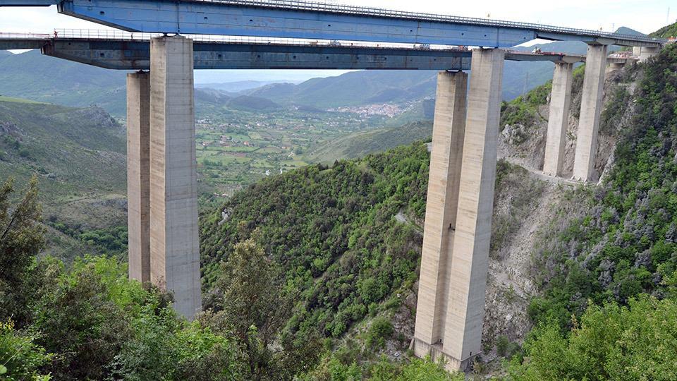 Un applicativo per il deterioramento di ponti