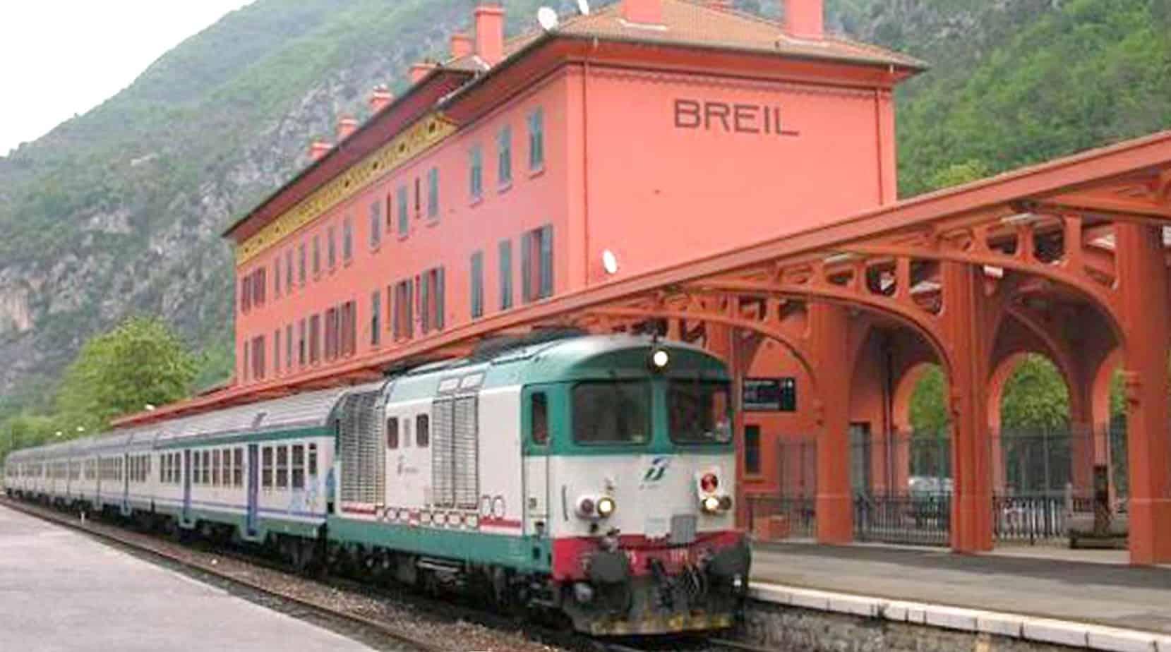 La ferrovia Cuneo-Limone-Ventimiglia (o linea del Tenda) è stata progettata a fine Ottocento: collega il Capoluogo di Provincia piemontese alla cittadina ligure, passando per il comune di Borgo San Dalmazzo (CN) e attraversando il territorio francese