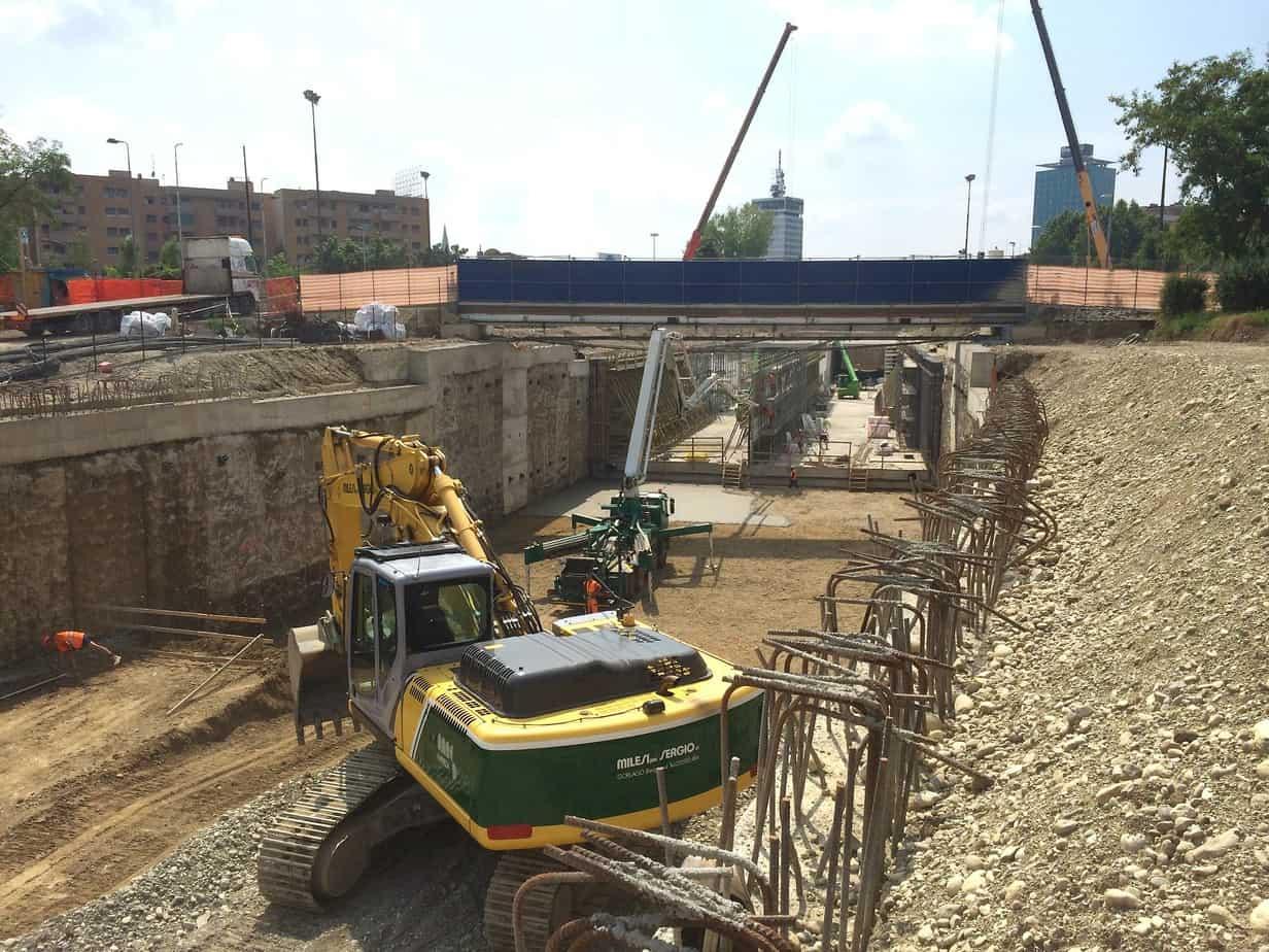 Le fasi di scavo e di costruzione della galleria