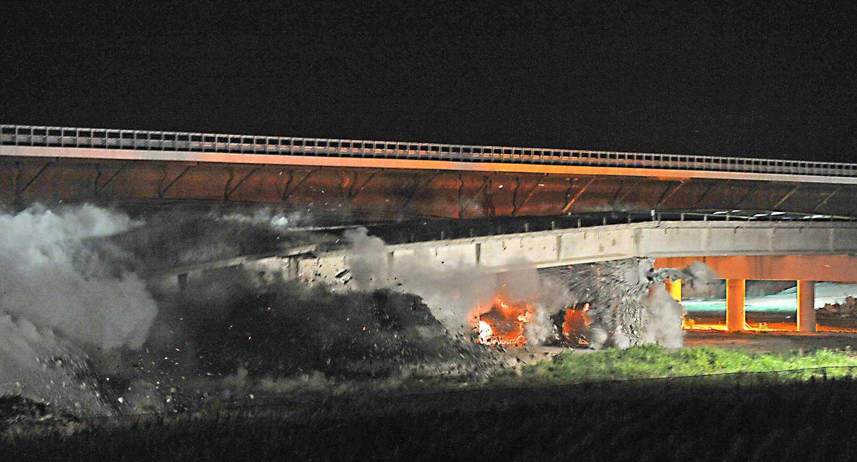 Un momento dei lavori del ponte sul Piave