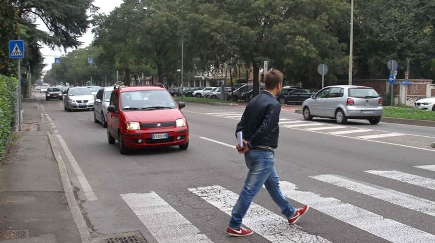 L'utente debole della strada è quello che, in caso di collisione con un altro utente della strada, patisce i danni maggiori