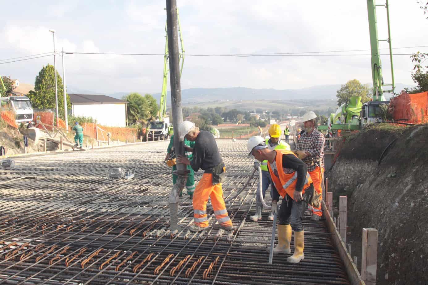 I lavori di costruzione della variante interessano una superficie complessiva di circa 210.000 m2