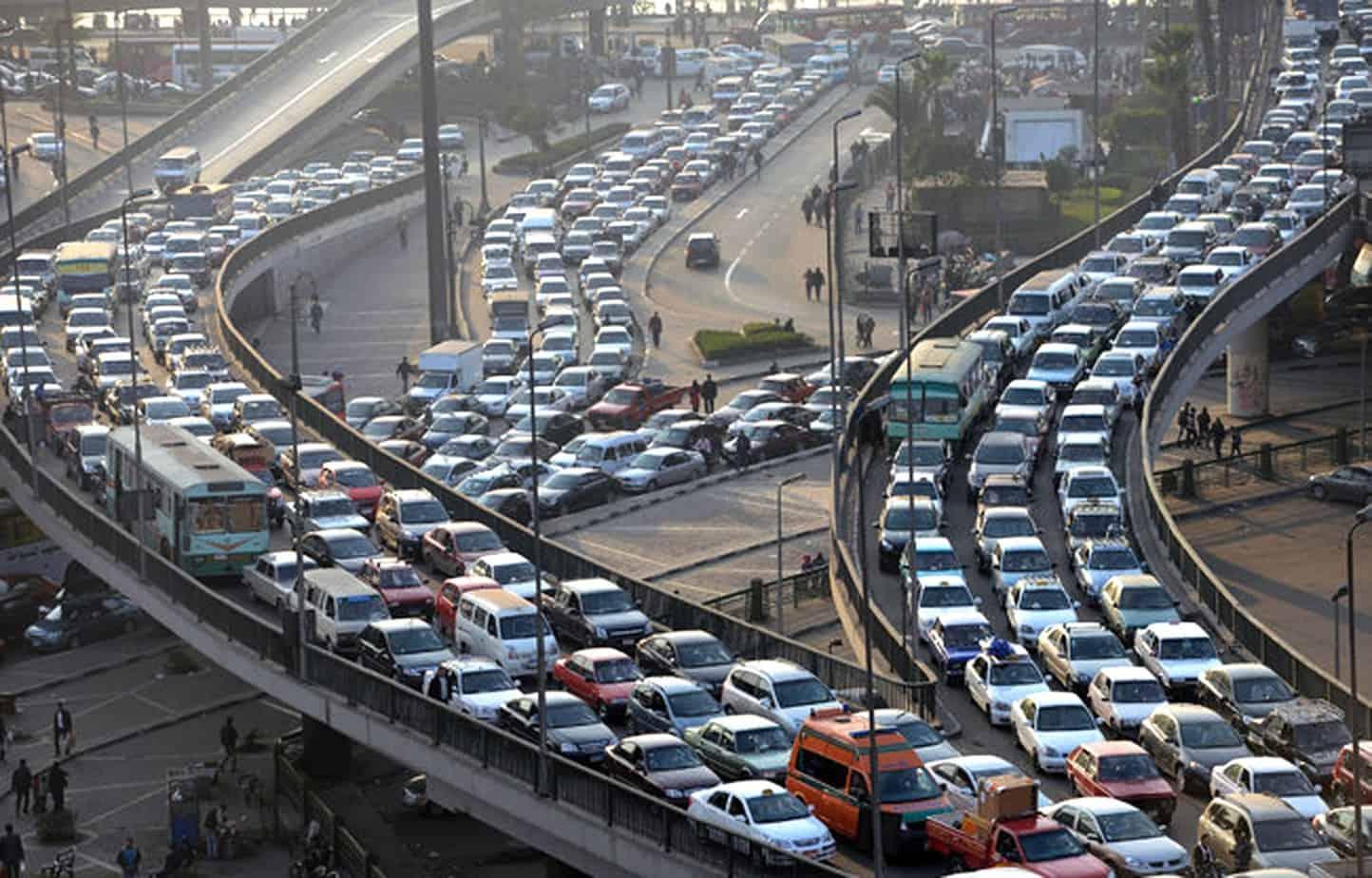 Una delle problematiche di sicurezza peculiari delle intersezioni stradali, oltre alla pericolosità dei punti di conflitto, è il deficit di visibilità che si può manifestare nella fase di approccio