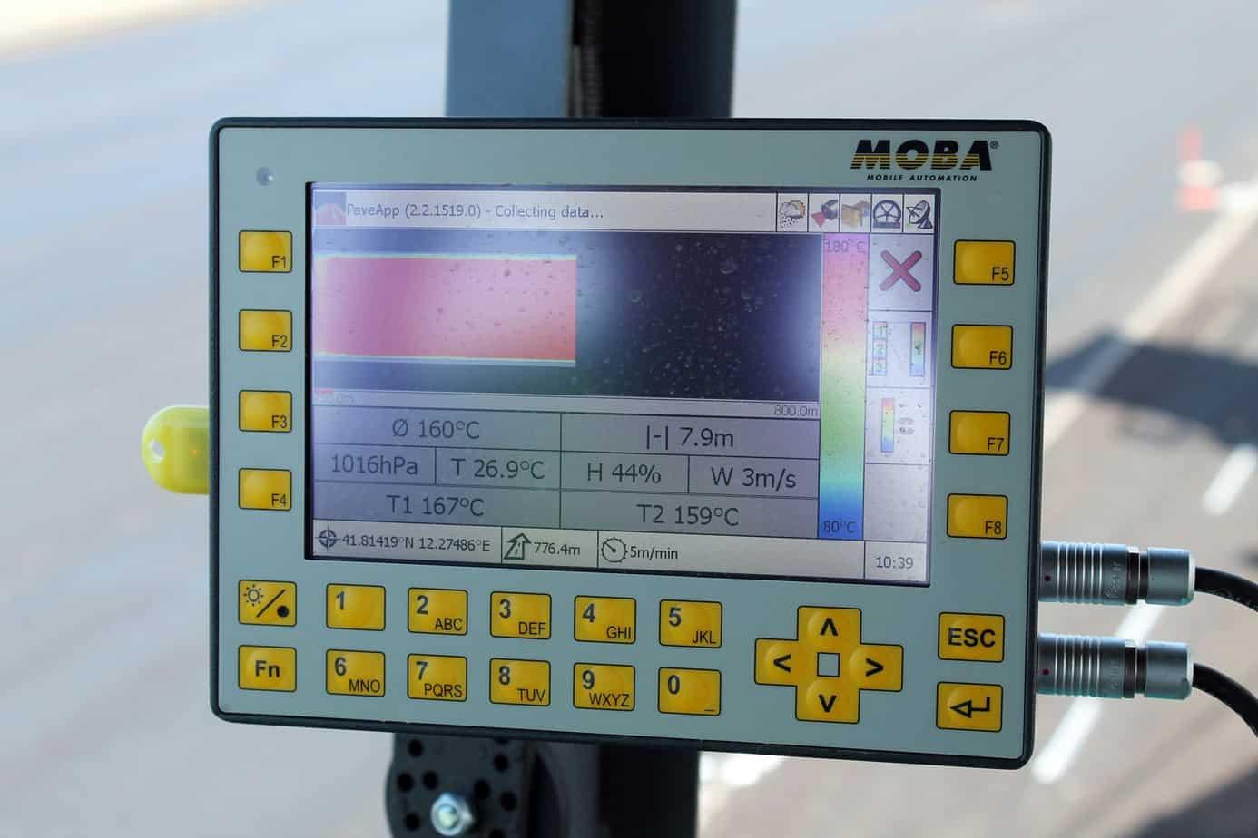 Il sistema di controllo della qualità Pave-IR Scan permette di documentare le temperature dell'asfalto durante la pavimentazione