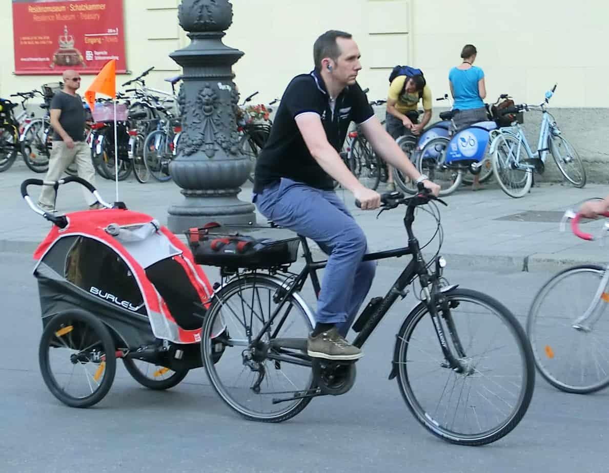 Le biciclette con rimorchio potranno utilizzare le piste ciclabili senza limitazioni