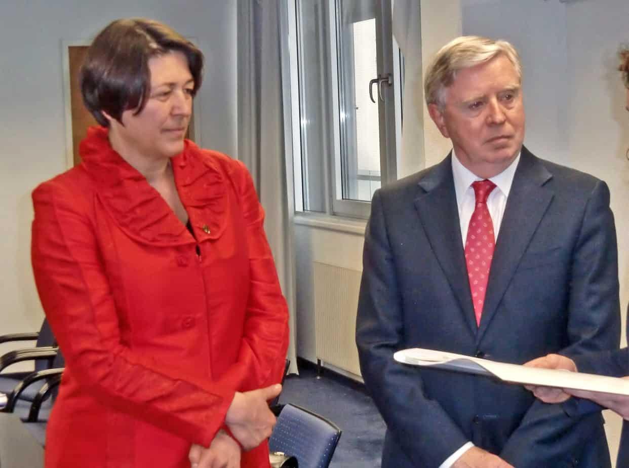 Un recente incontro tra il Commissario Europeo ai Trasporti Violeta Bulc e Pat Cox, Coordinatore Europeo per le TEN-T Corridoio scandinavo-mediterraneo