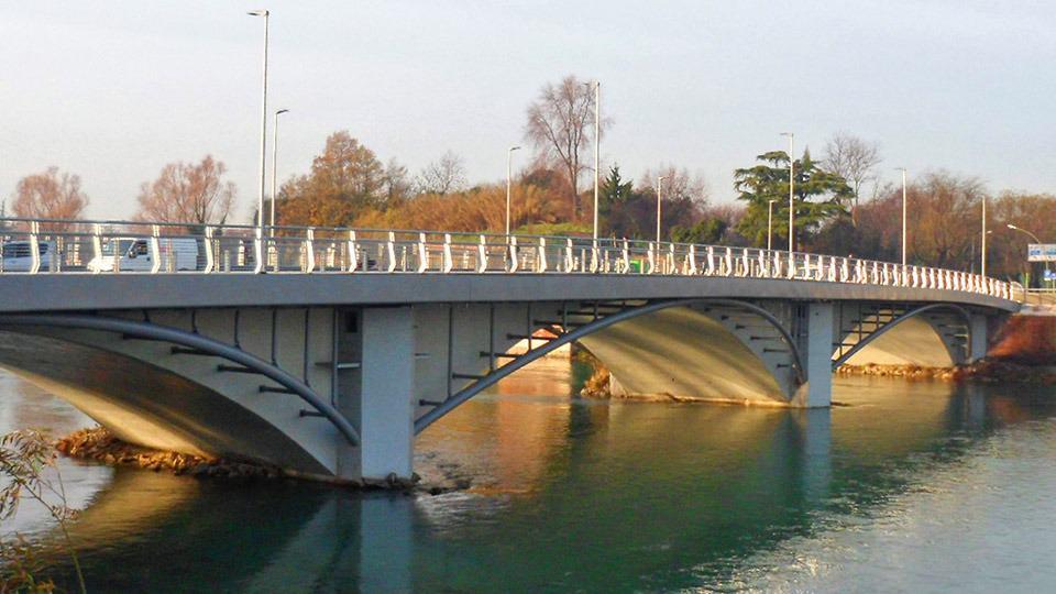 Il ponte San Francesco a Verona