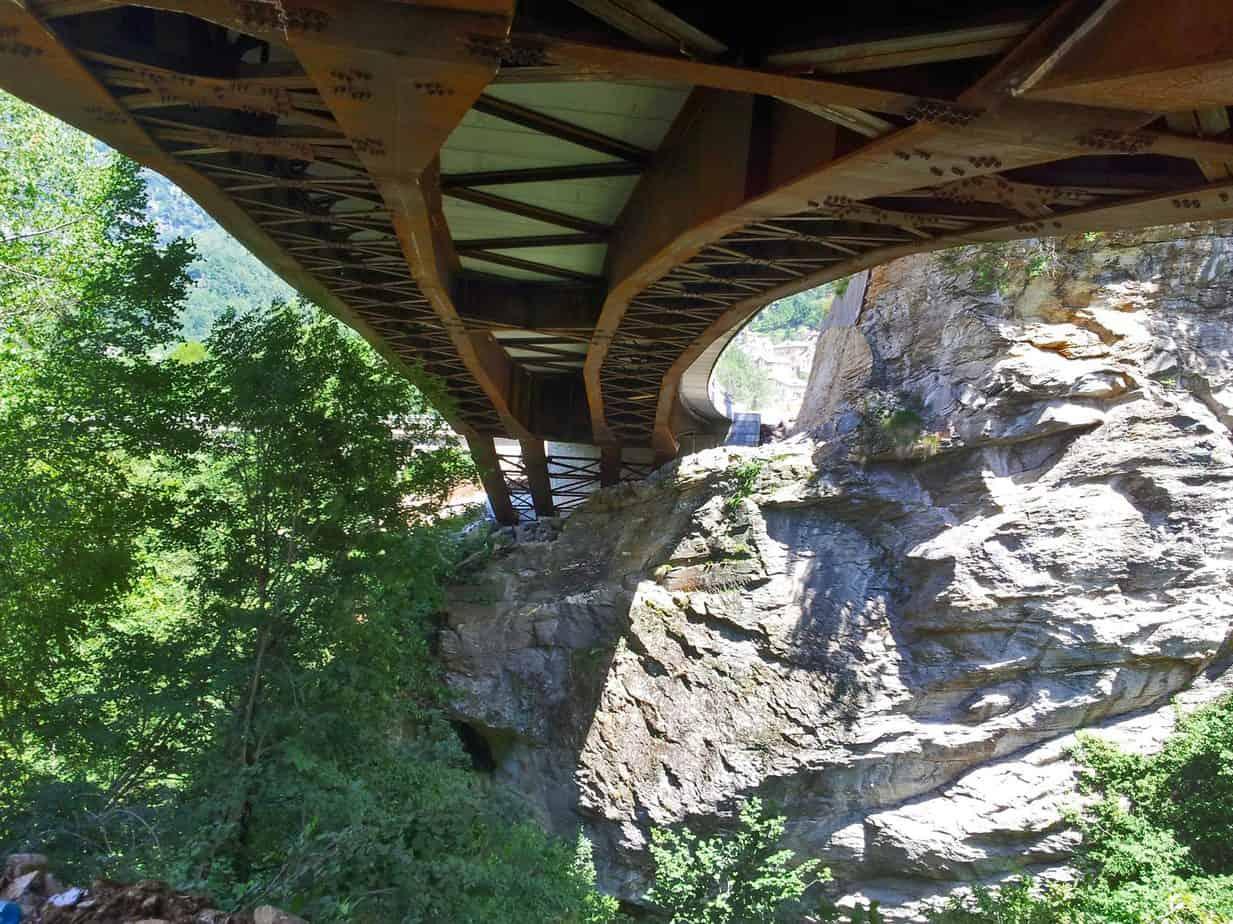 Vista dell'intradosso del ponte