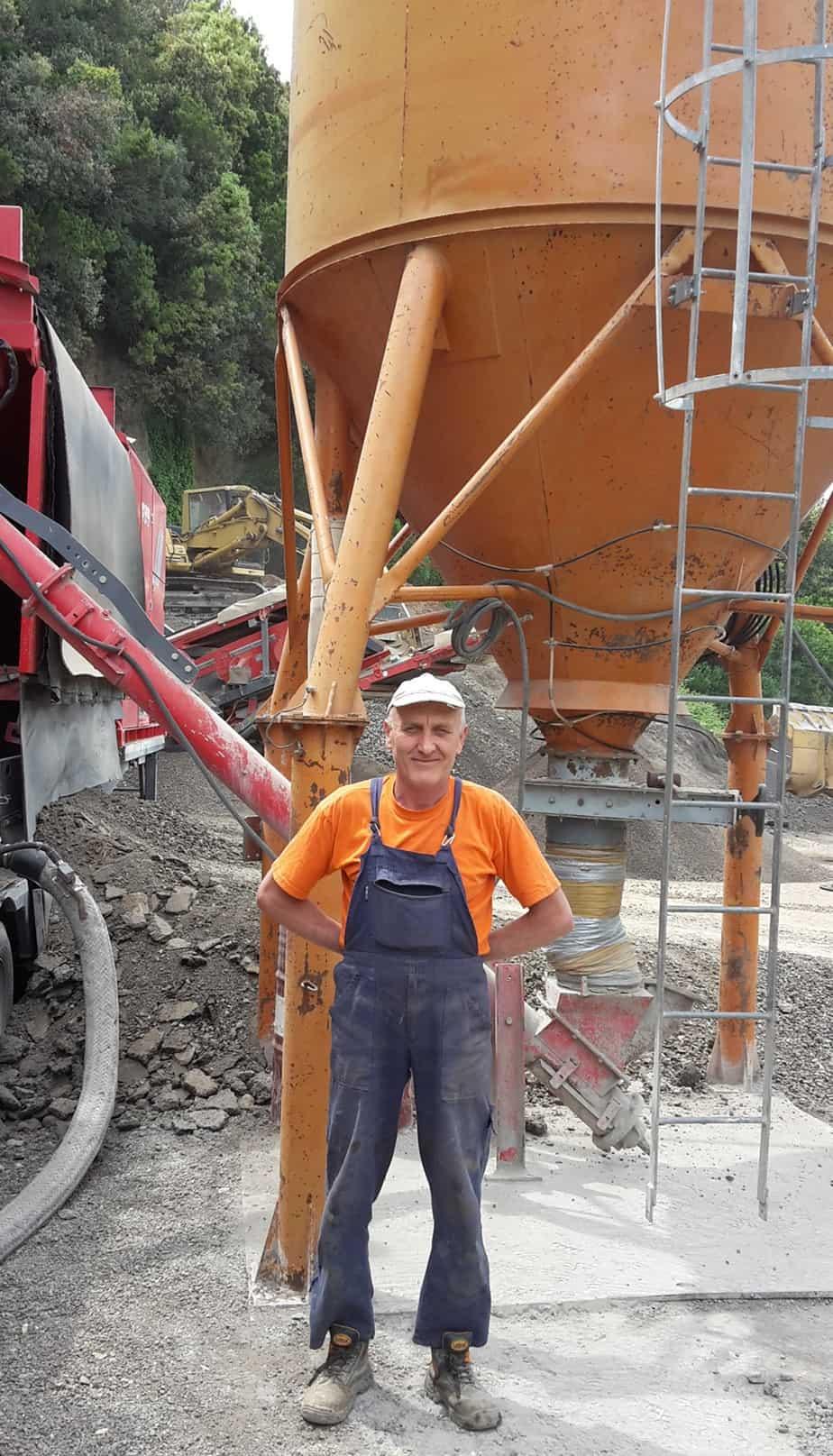 Il Sig. Ivan Damyanov, operatore della Bindi SpA