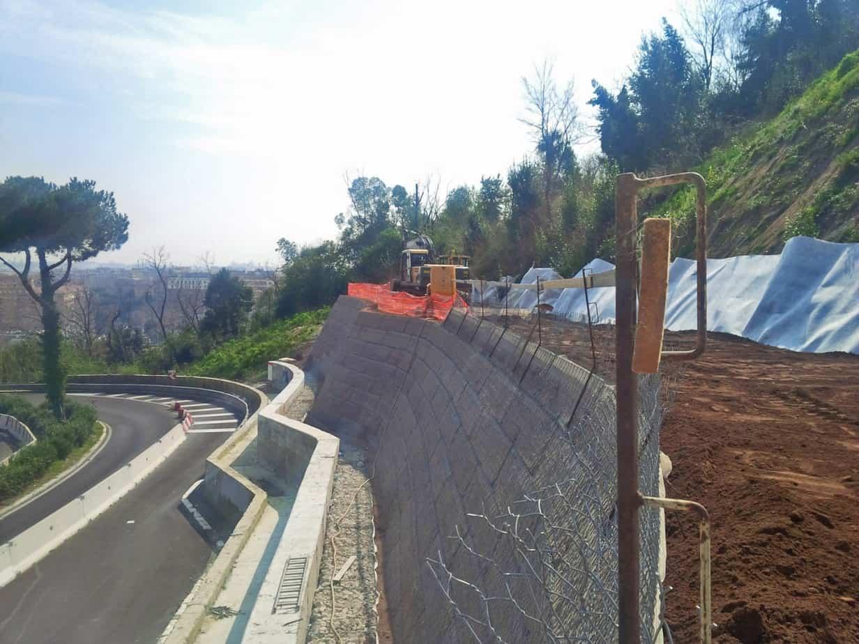 La struttura in TMV durante la fase di costruzione