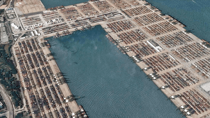 Vista del porto di Singapore