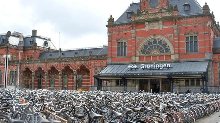 La stazione centrale di Groningen