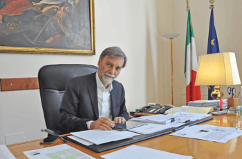 Graziano Delrio: l'uomo che… avanza con juicio