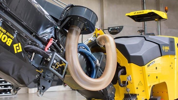 L'operatore è protetto da polveri grazie ad un potente aspiratore