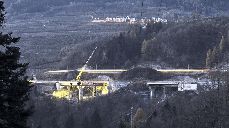 Il varo del viadotto 1