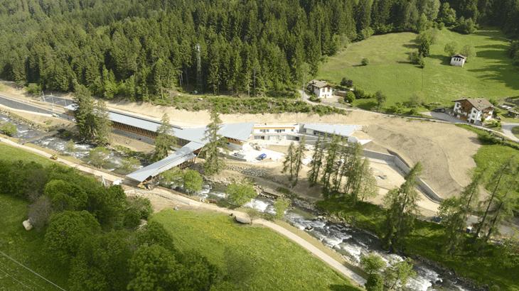 Vista aerea della stazione ferroviaria di Mezzana