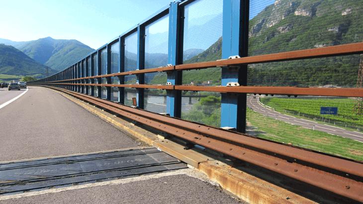 La barriera trasparente integrata A22