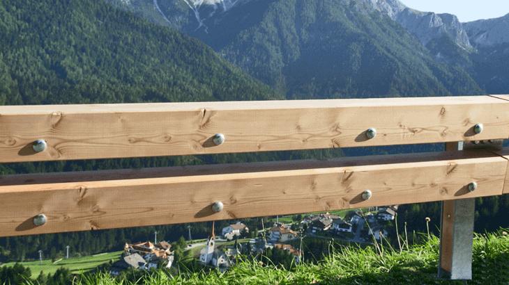 Una barriera in legno