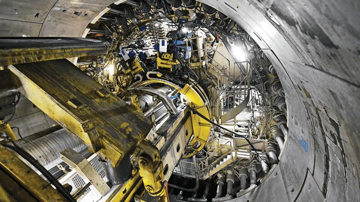 La TBM Federica nel cantiere francese di Saint-Martin-la-Porte. La fresa ha un diametro di 11,26 m e una potenza di 5 MW, pari a otto motori di Formula 1