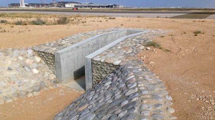 Un canale di raccolta delle acque